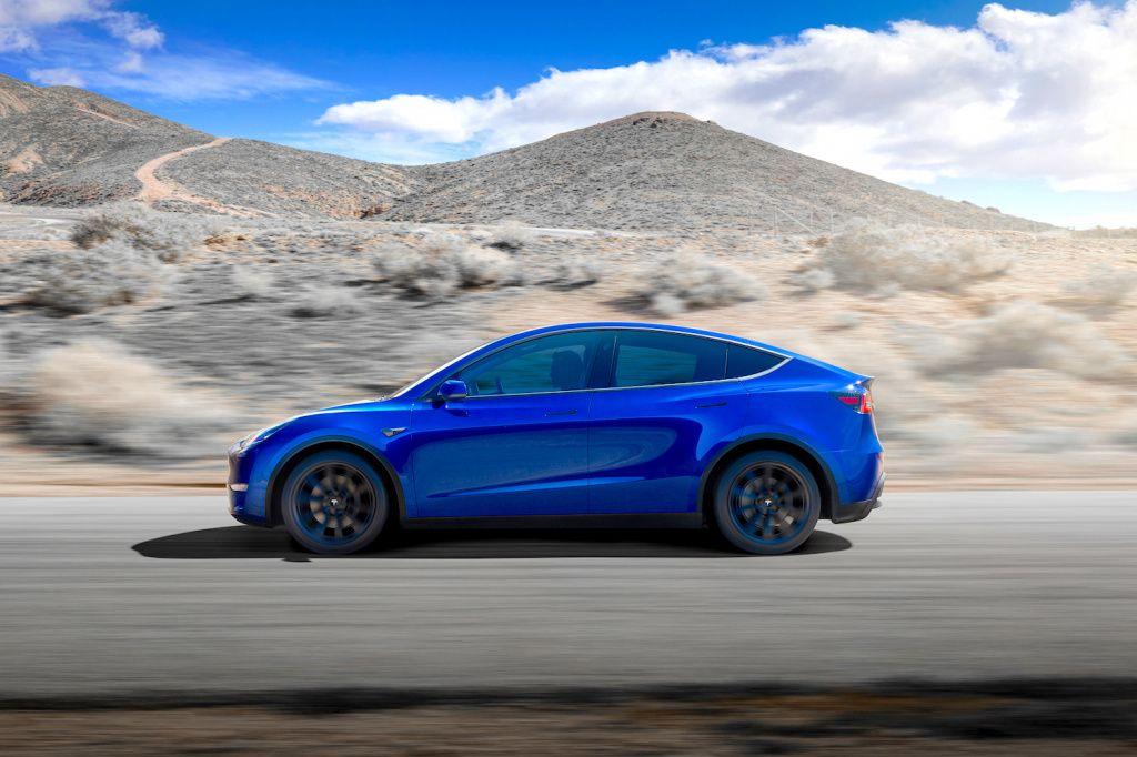 Tesla: Korona nije prepreka, počele isporuke Modela Y