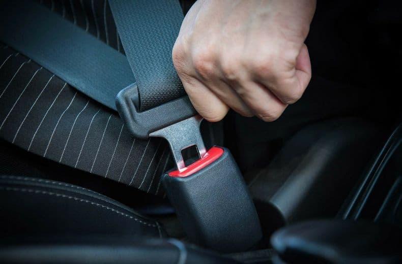 Novi zakon na pomolu: Ljekari će odlučivati ko ne mora vezati pojas u vozilu