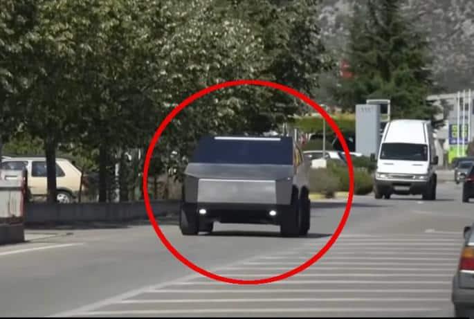 Hercegovačka kopija Teslinog kamiona postala hit u svjetskim medijima